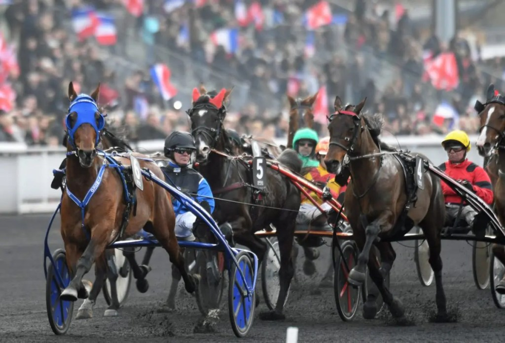 Timoko and Bjorn Goop (leading the field the first time around in the  Prix de France) teamed up to win the Criterium de Vitesse at Cagnes-sur-Mer in France last Sunday. | Gerard Forni