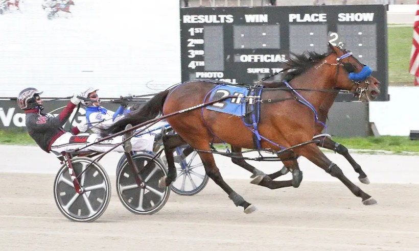 Brad Conrad | Lady Arthur (Ronnie Wrenn, Jr.) started her 2021 campaign by capturing the $50,000 Scarlett and Gray Invitational last Friday at Miami Valley Raceway.