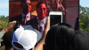 Louis Farrakhan Addressing 20th Anniversafy of MMM Fraizer Photo