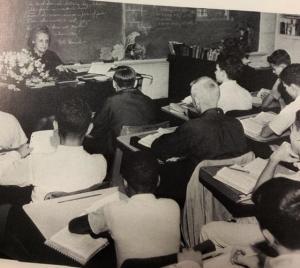 Lanier 9th grade Classroom Picture