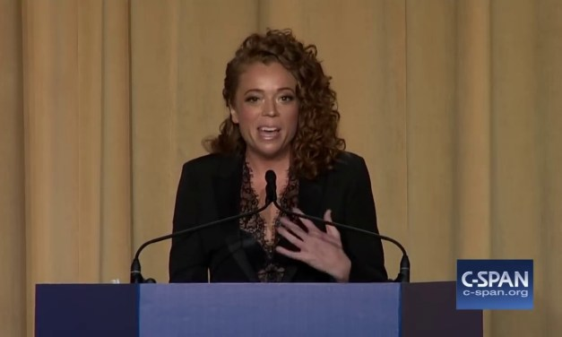 Michelle Wolf Complete Remarks at 2018 White House Correspondents' Dinner
