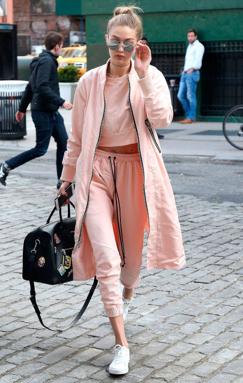 One-tone dressing, wearing all the same colour, how to wear one colour from head to toe, celebrity style, celebrity style inspiration