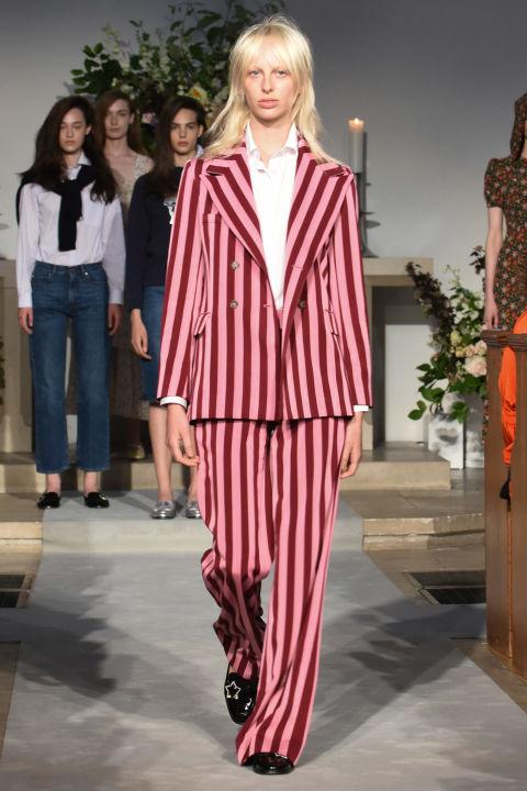 Alexa Chung catwalk suit