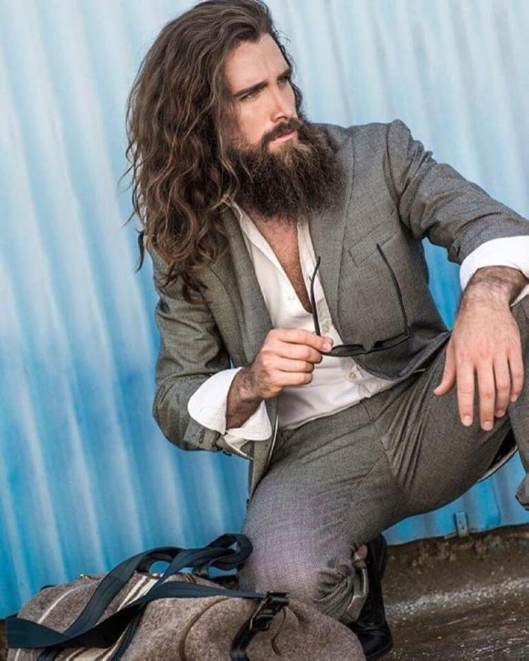 Long Hairstyles for Men - Sexy Men's Curly Long Hairstyle - Harpmagazine.com