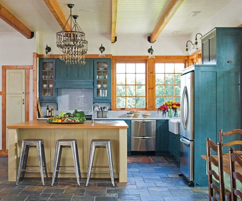 Customize with Color Kitchen Cabinet Ideas