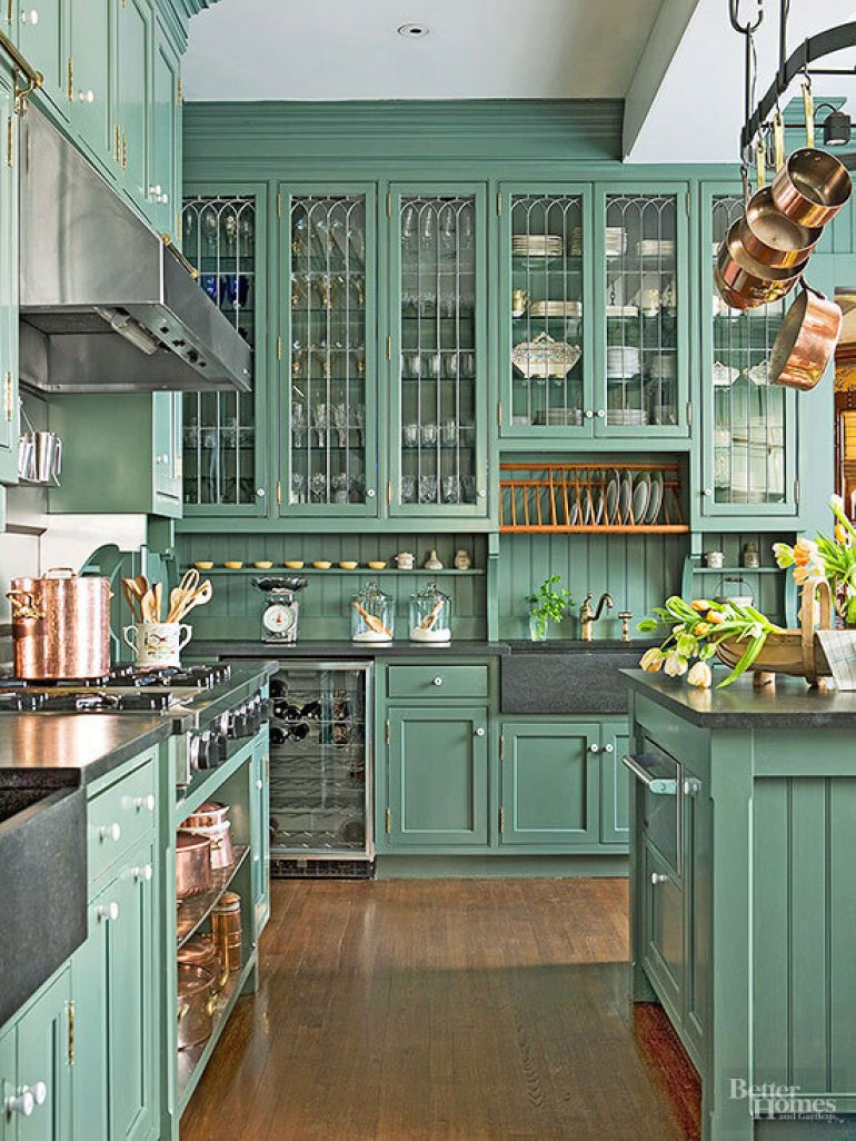 Victorian Shaker Style Kitchen Cabinets