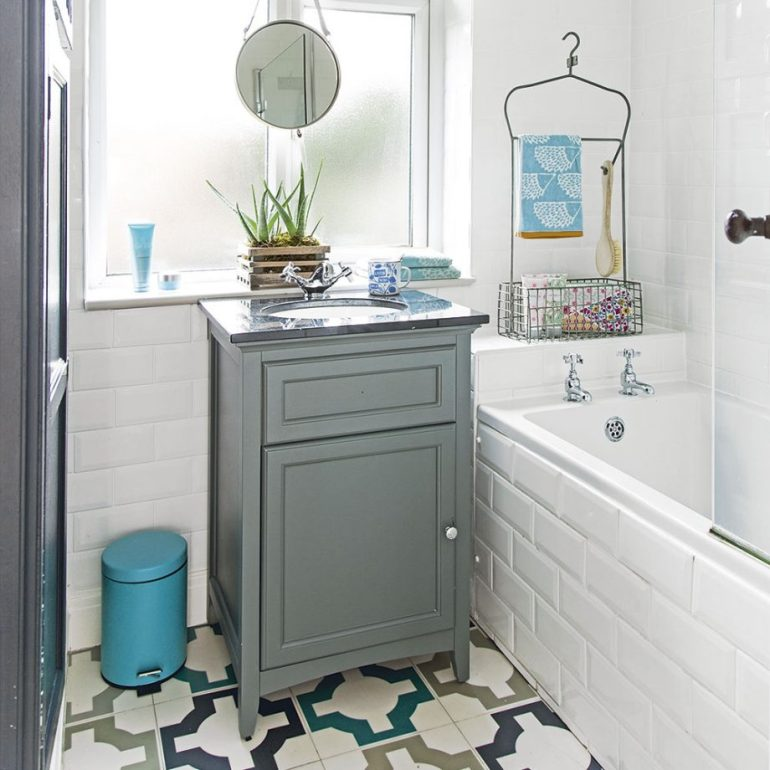 Furnish To Scale For Small Bathroom Decor Ideas