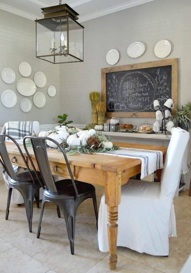 A Country Inspired Look With Simple Dining Room Wall Decor