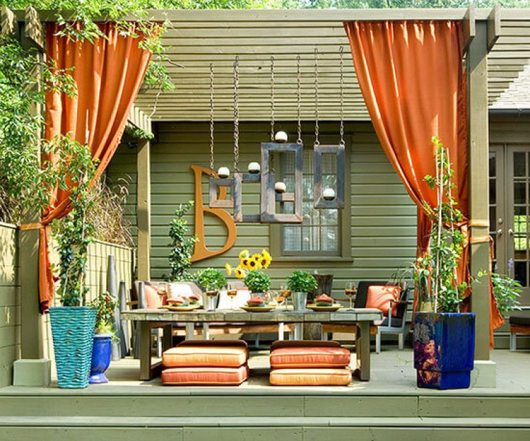Backyard Landscaping Ideas - Consider Curtains for Backyard Privacy - harpmagazine.com