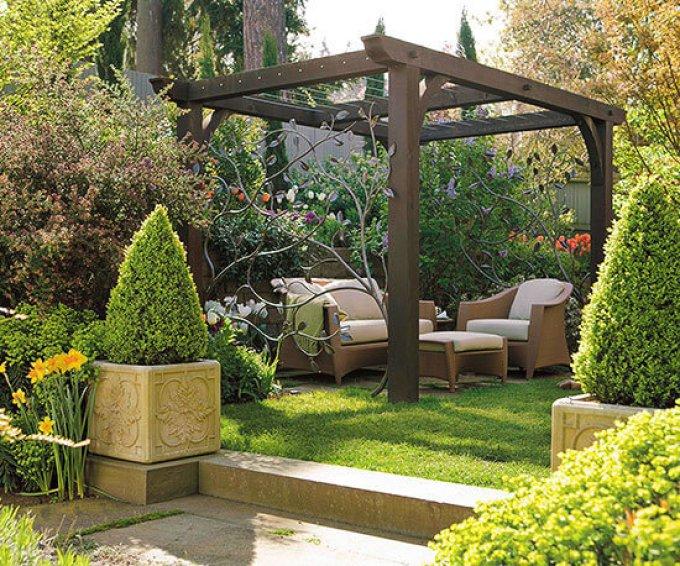Backyard Landscaping Ideas - Add a Pergola - harpmagazine.com