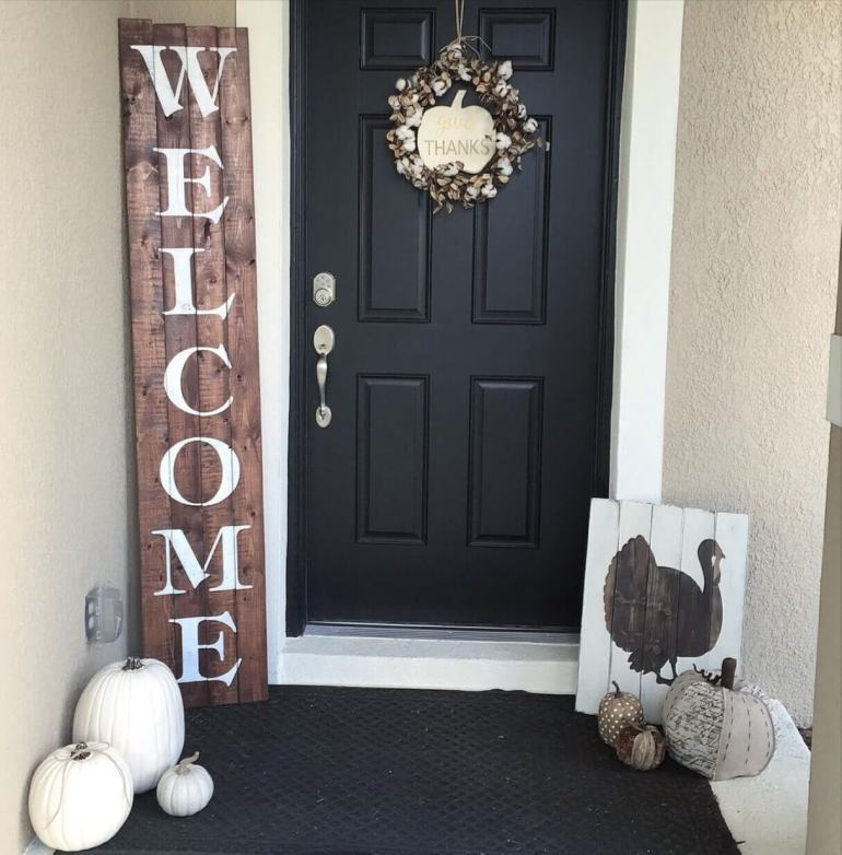 "Wood Signs Ideas - Stenciled Front Door ""Welcome"" Sign - harpmagazine.com"