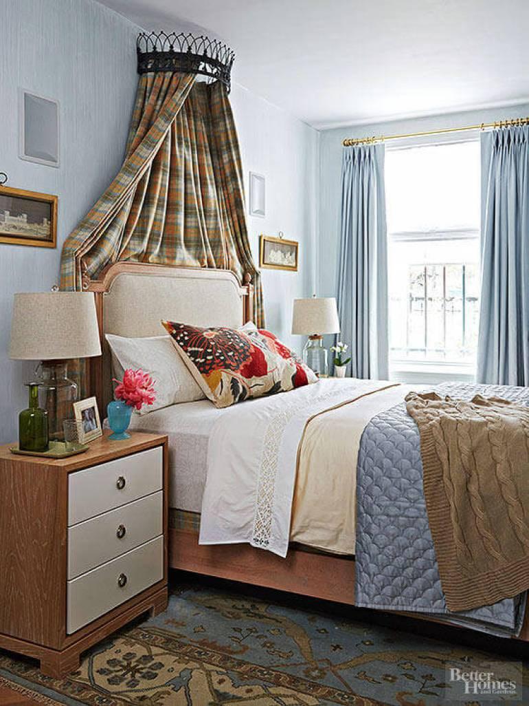 Modern Master Bedroom Decor Ideas - Tiny Elegance - Harpmagazine.com
