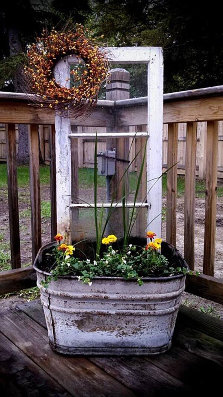 Front Door Flower Pots Ideas - Upcycled Wash Tub and Window Planter Display - harpmagazine.com
