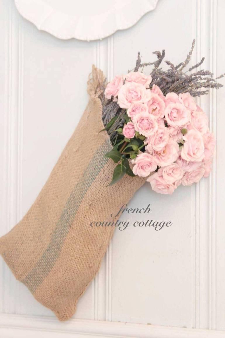 French Country Decor Ideas - Easy DIY Burlap Sack Bouquet Display - Harpmagazine.com