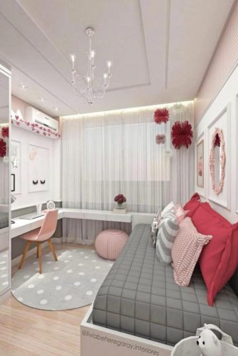 Teen Girl's Bedroom Ideas - How To Add A Bright Color To Your Teen Bedroom - harpmagazine.com