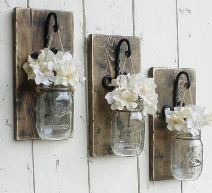 Farmhouse Kitchen Decor Design Ideas - Suspended Mini-Mason Jar Bud Vase Trio - harpmagazine.com