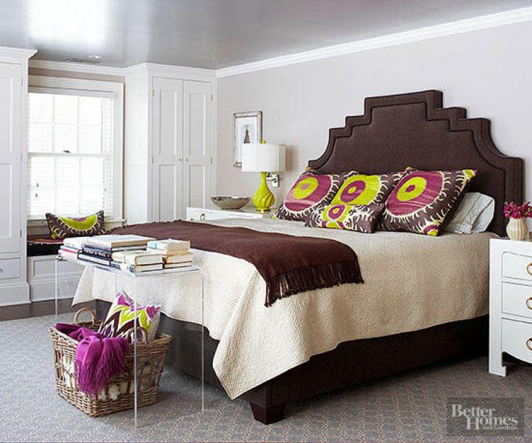 Small Master Bedroom Decor Ideas - Headboard Star - Harpmagazine.com