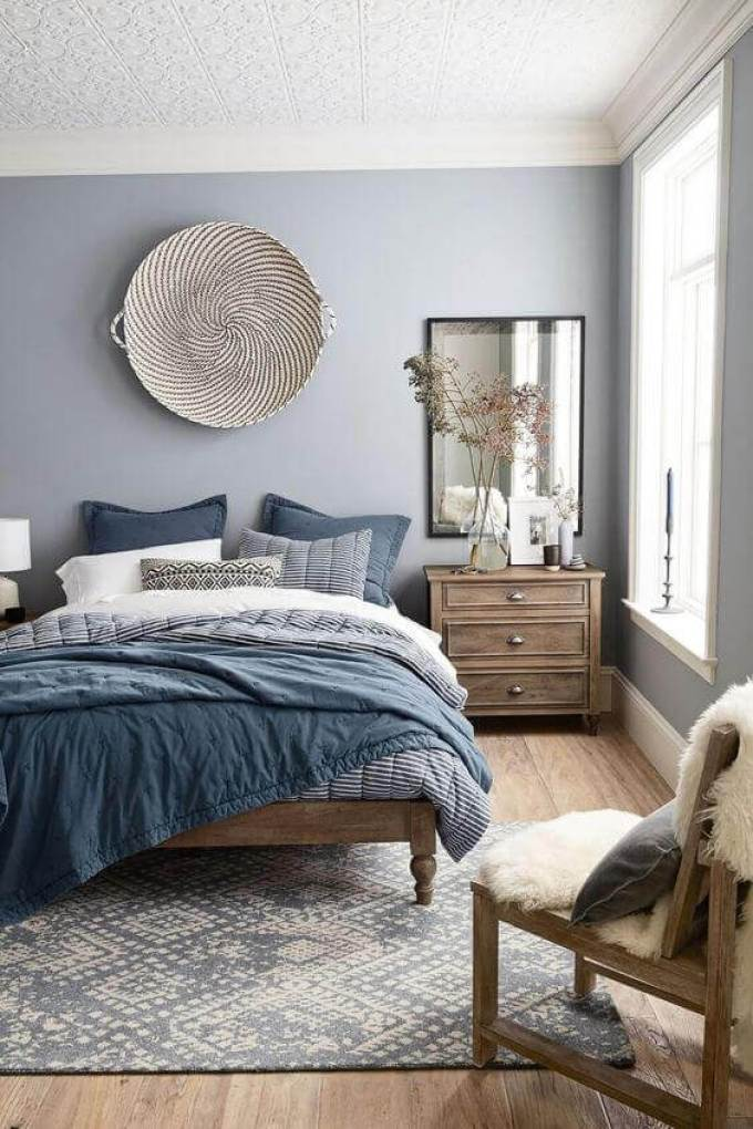 Blue Shades for Small Master Bedroom Ideas - Harppost.com