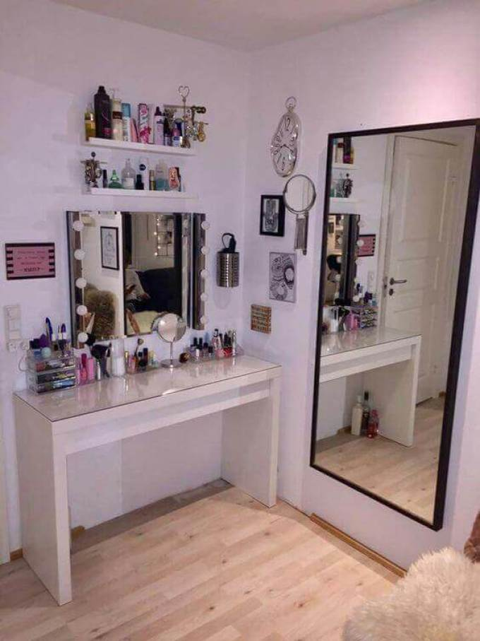 28+ DIY Simple Makeup Room Ideas, Organizer, Storage and ... on Makeup Room  id=19444