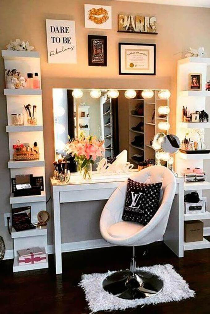 28+ DIY Simple Makeup Room Ideas, Organizer, Storage and ... on Makeup Room  id=85118