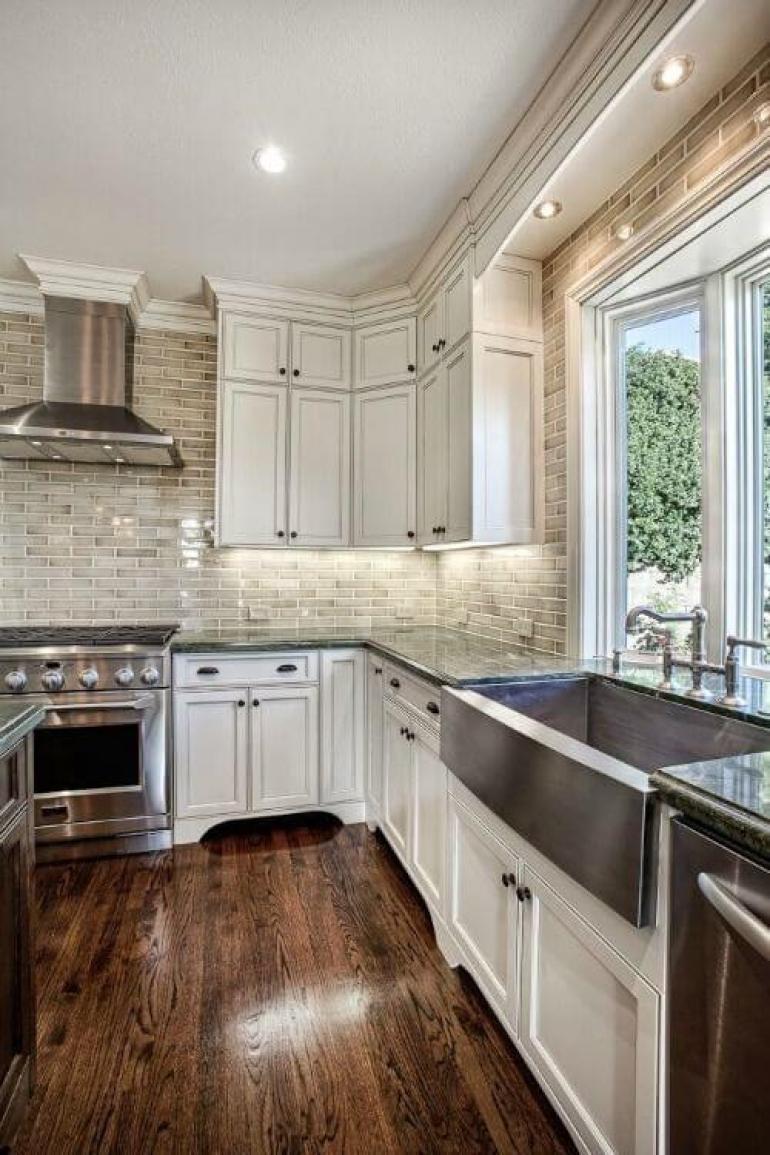 kitchen decor ideas modern - 19. Kitchen Design with Espresso Floors - Harptimes.com
