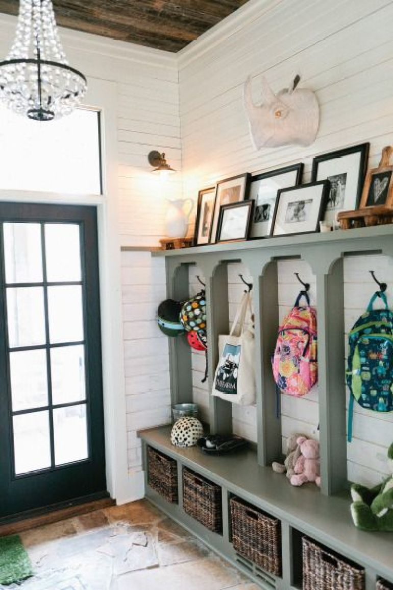 small mudroom ideas - 17. Stylish Eclectic Mudroom Design - Harptimes.com