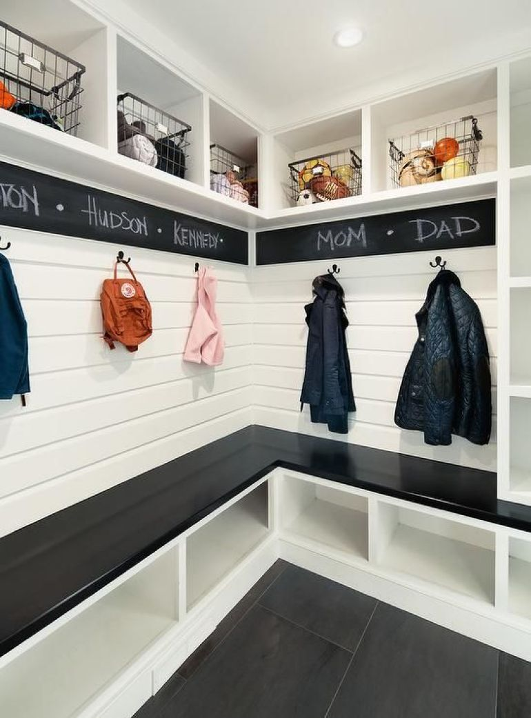 27. Fun Farmhouse Mudroom Ideas - Harptimes.com