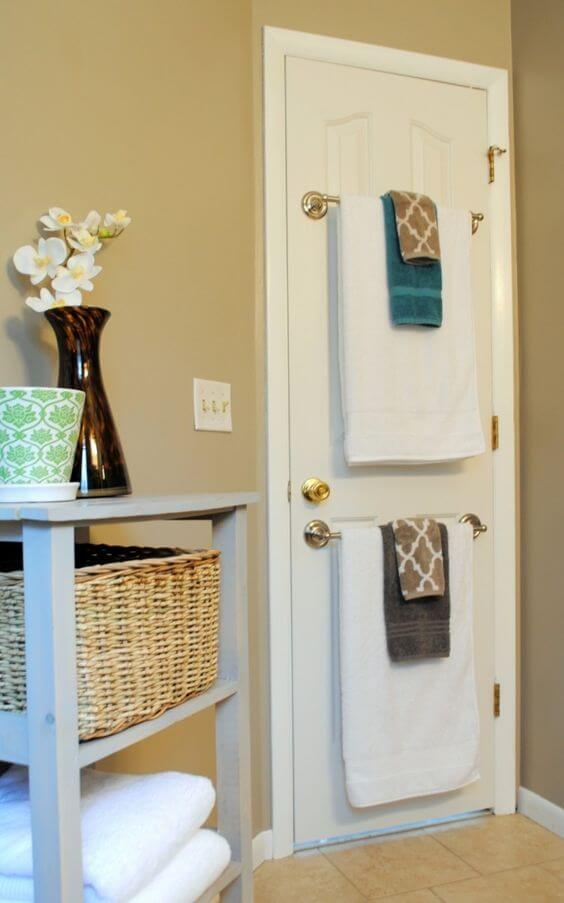 Bathroom Storage Ideas Towel Rods behind the Bathroom Door - Harptimes.com