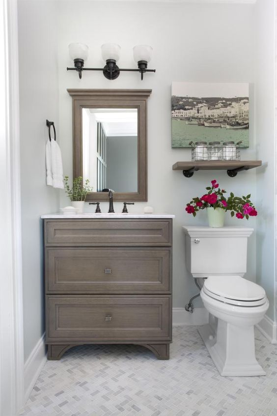 Guest Bathroom Ideas All-White Bathroom with Accentual Elements - Harptimes.com