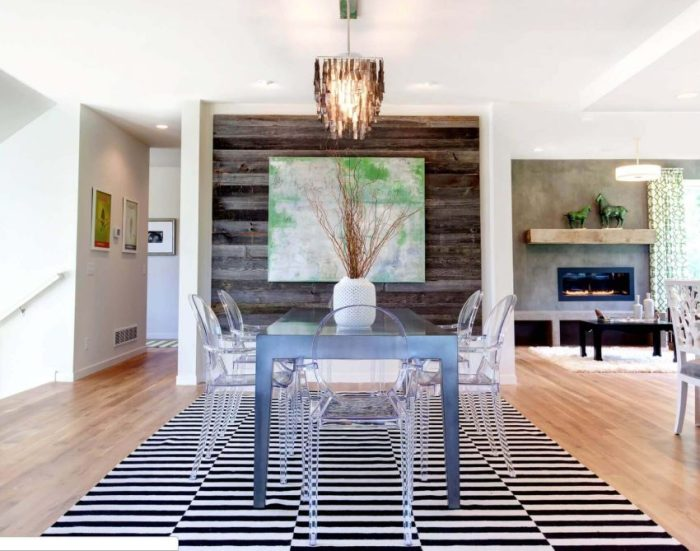 Wood Accent Wall Ideas in Dining Room