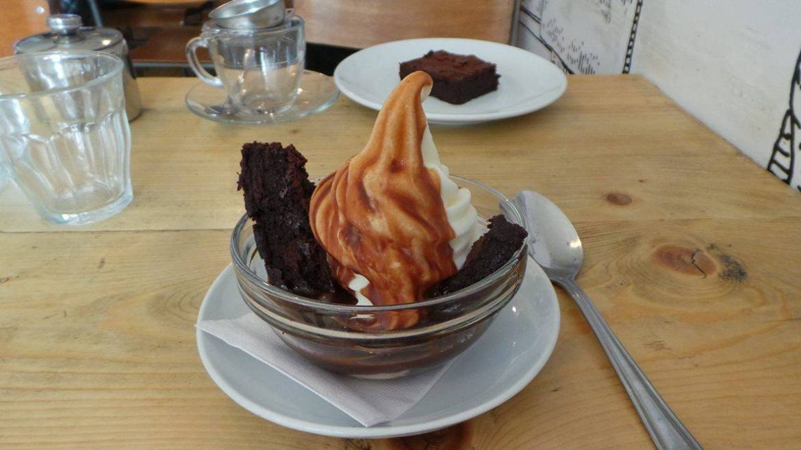 Brownie sundae at the Pudding Stop in St Albans