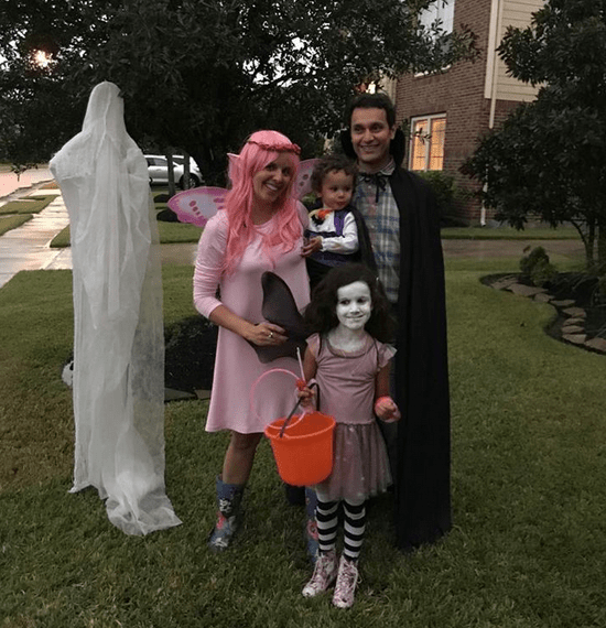 The Botella Family from Texas, USA, dressed as Isadora Moon's family