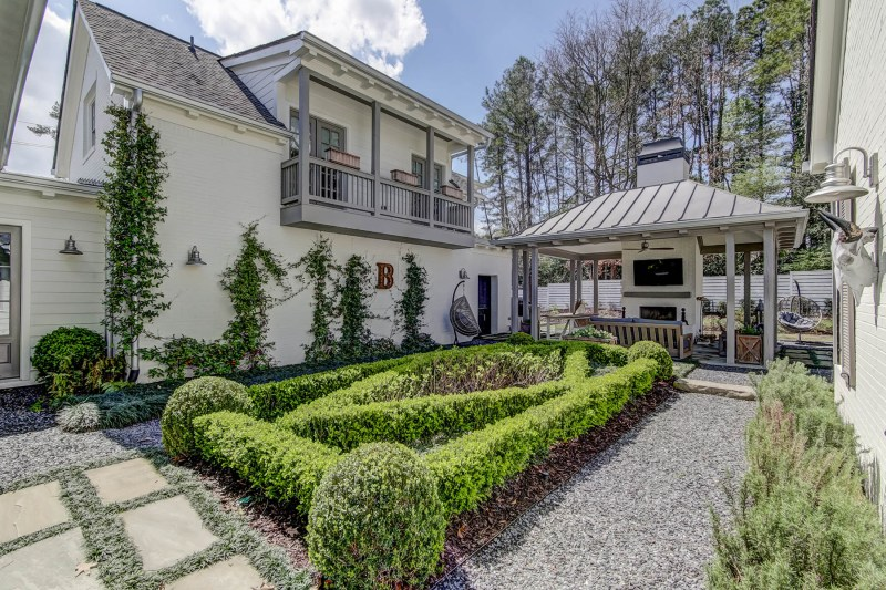 custom home - Thompson Road Backyard