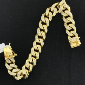 Harry Glinberg Jewelers - Cuban Link Diamond Bracelet