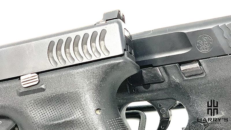 Glock 19 vs SW Shield controls