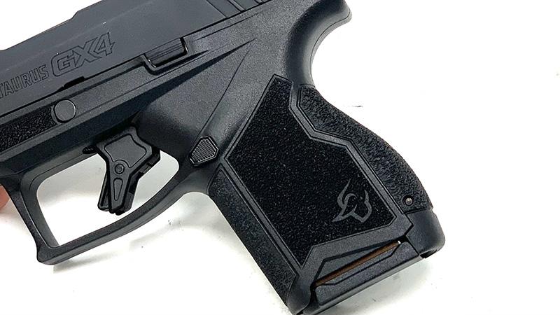 Taurus GX4 Review Grip