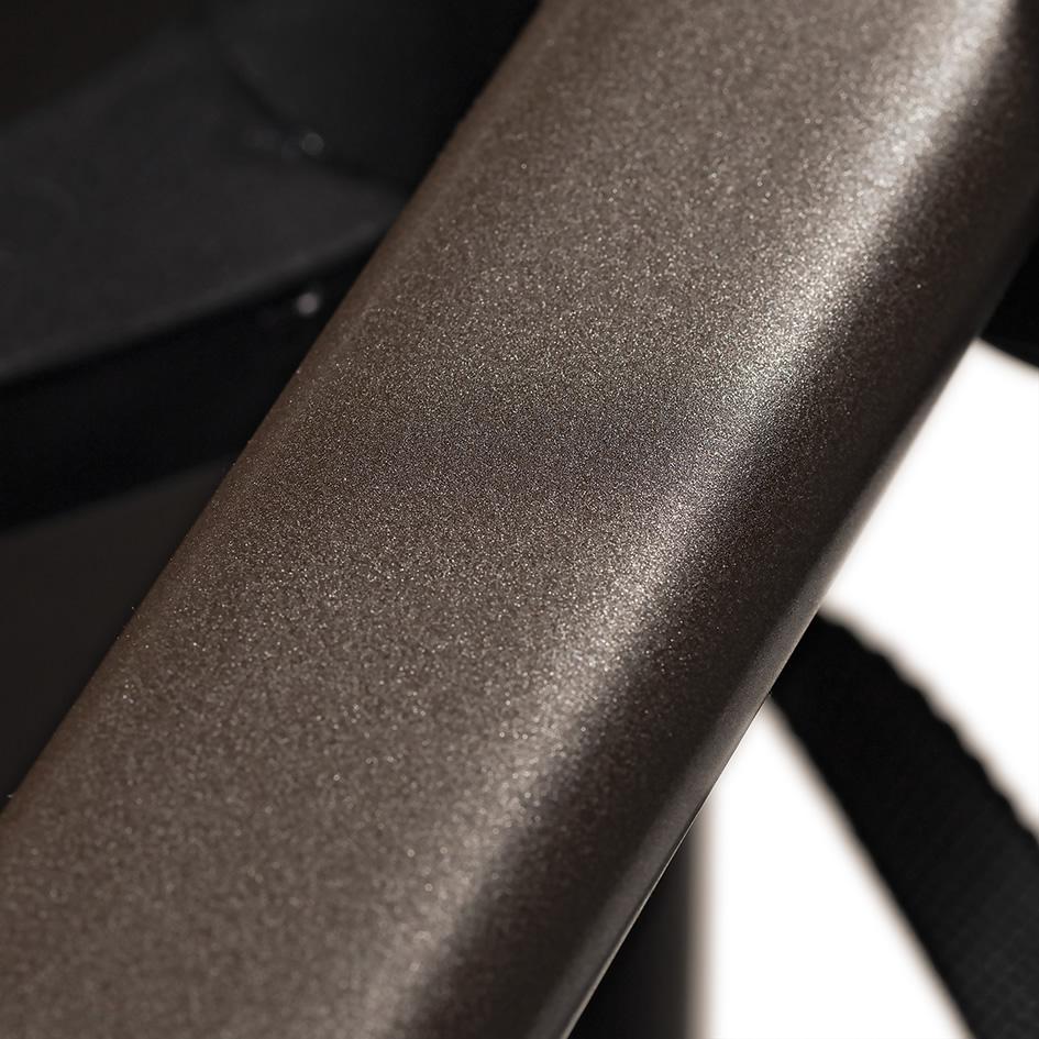 Hartan Mercedes-Benz detail of frame colour in Dolce Vita
