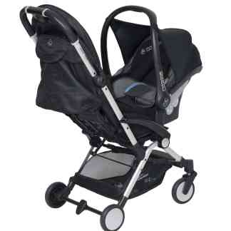 Bit with Maxi Cosi car seat