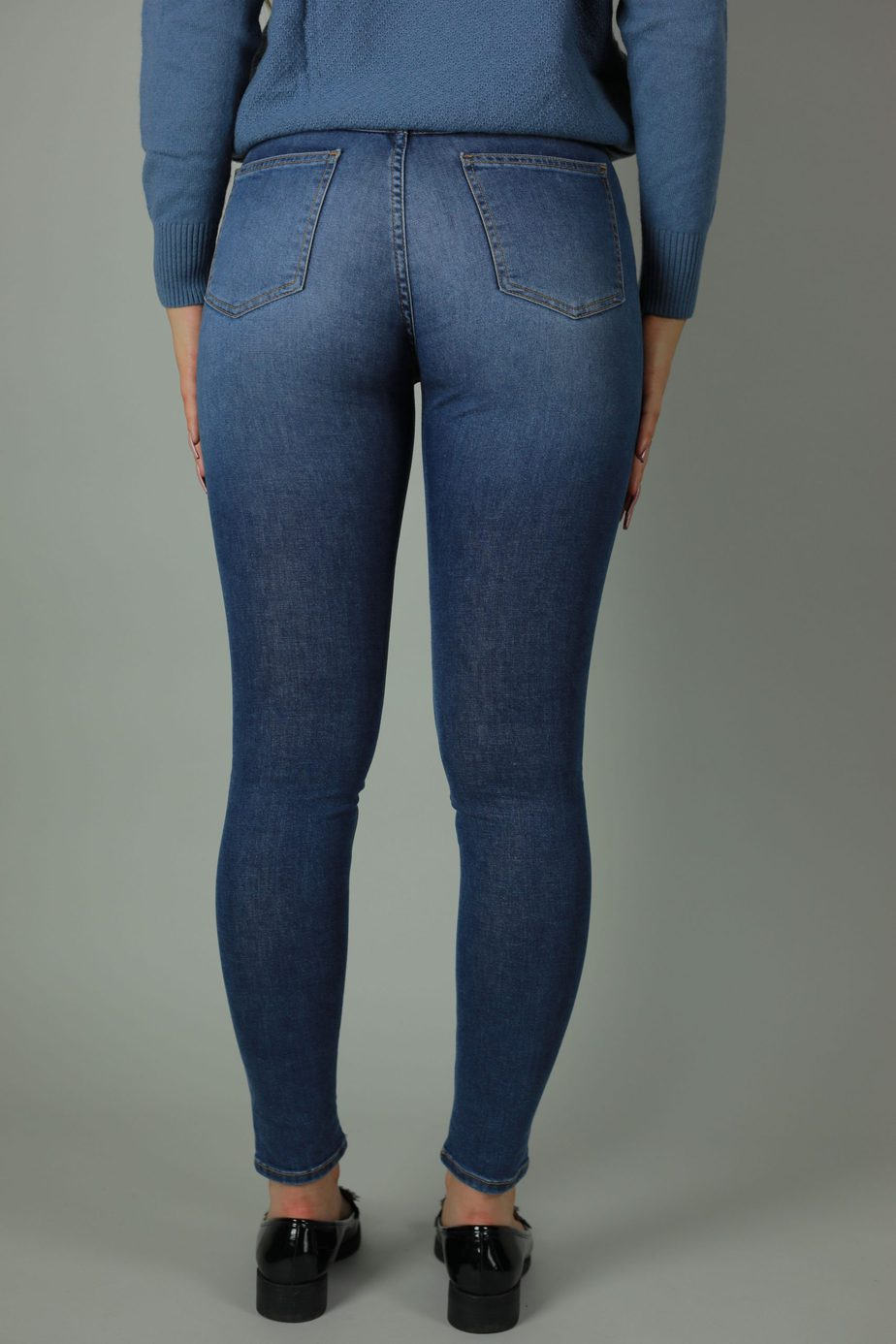 Our High waist Kaila collection are 98% cotton, 2% lycra jeans. Designed with quality in mind for the perfect fit and timeless style the Kaila Vienna is the perfect addition to your wardrobe year through year. Back view.
