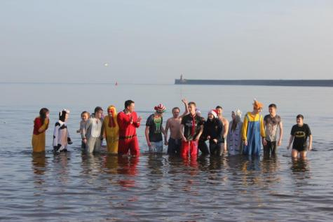 Fundraising Boxing Day Dip 2