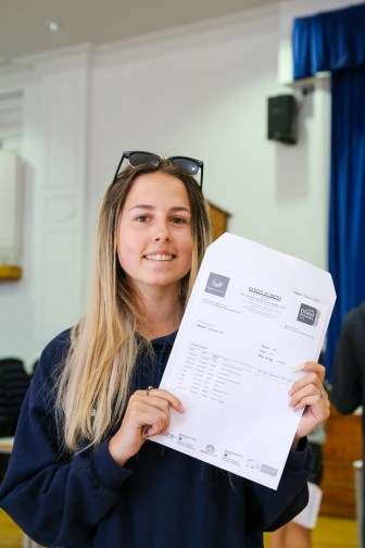 GCSE Results Day 2021_--5