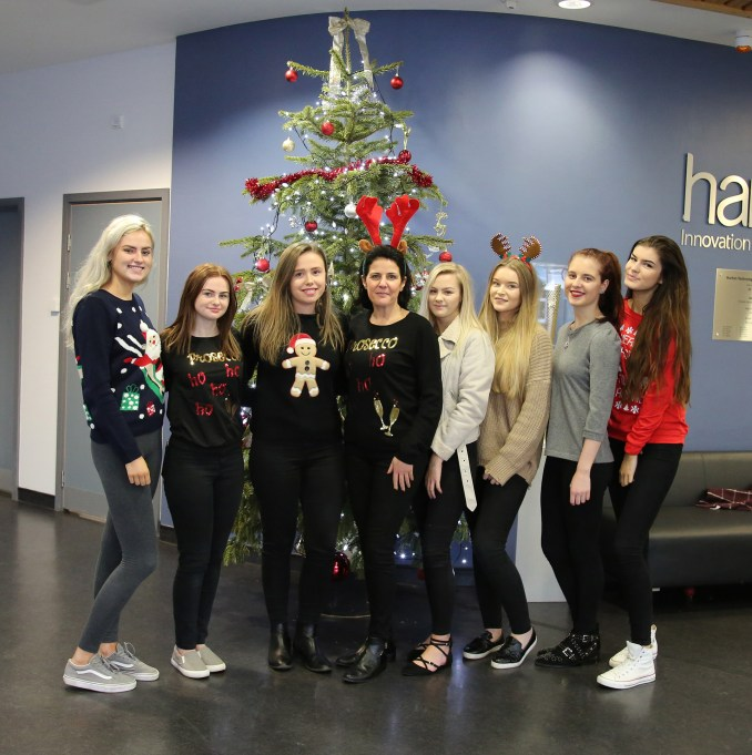6th Form Christmas Jumpers 2018-08