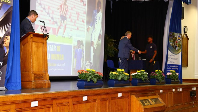 Year 9-10 Awards Evening 2017 -094