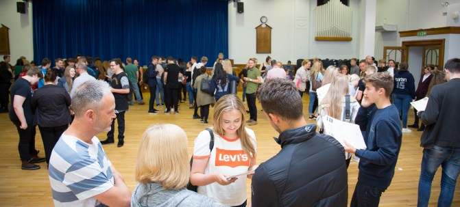 GCSE Results Day 2017 - -39