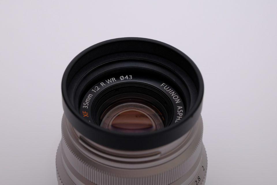 XF35mm F2 R WR ブログ レビュー フード