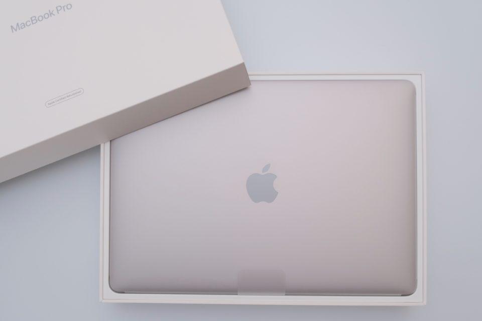 MacBook Pro,2019,開封,