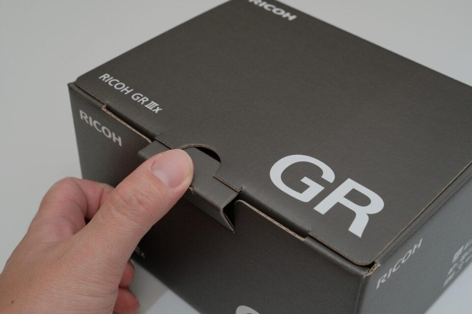ricoh,gr3x,レビュー,GRⅢx,ブログ,感想,作例,比較,価格,28mm,40mm,開封