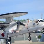 空飛ぶレーダーサイト E-2C