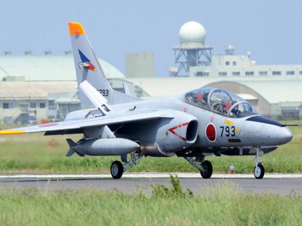 302飛行隊所属のT-4