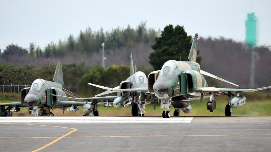 まもなく退役レコンファントム。RF-4EとRF-4EJの違い。